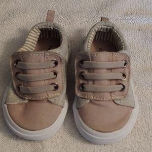 Wonder Nation sneakers